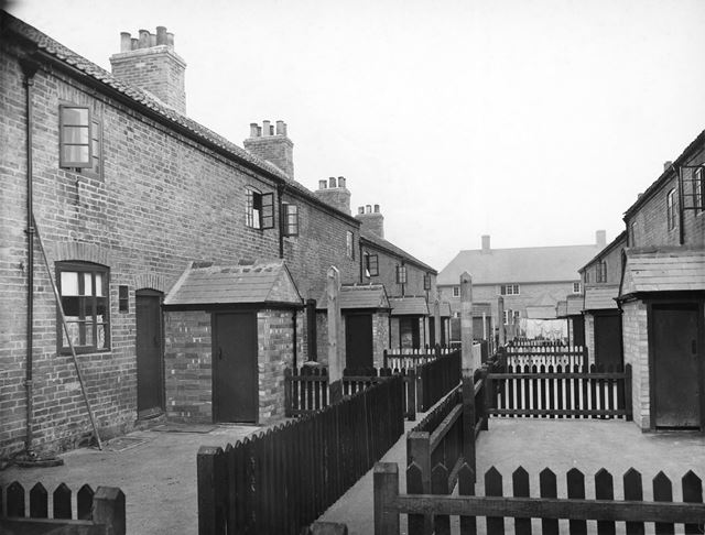 North Terrace and Prior Terrace, Basford