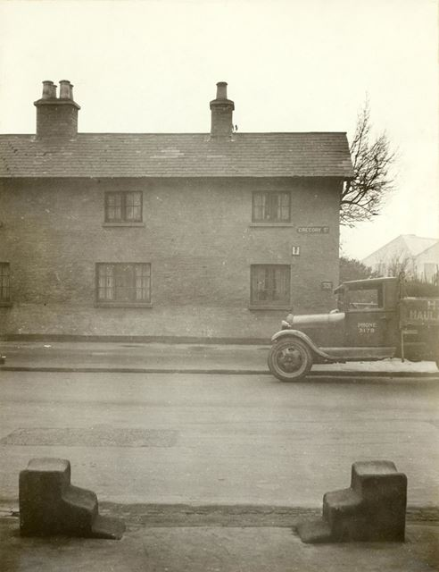 Mounting Blocks outside the White Hart Inn - Lenton (The old Lenton Coffee House and Peverel Prison)