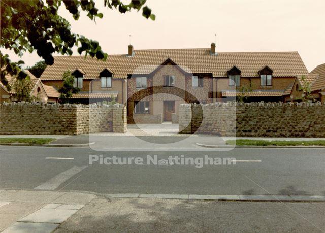 Modern housing development, Bramcote Lane