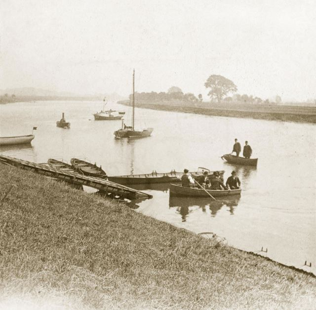 Leisure boats possibly next to Trent Bridge? or Holme Pierrepont? on the River Trent