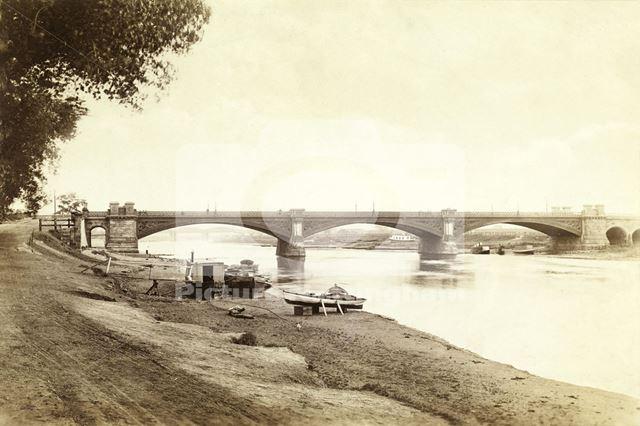 Trent Bridge (before construction of the Victoria Embankment), c 1880
