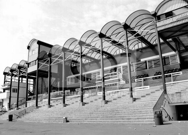 Nottingham Racecourse -stand