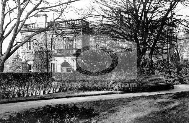 Woodthorpe Grange and park