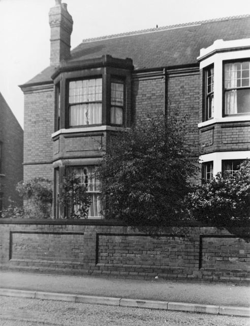 Home of William E Hopkin, Devonshire Drive, Eastwood, c 1920