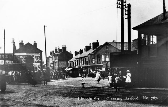 Lincoln Street crossing, Basford