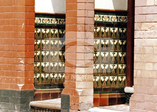Tiled porches, 92-94, Port Arthur Road