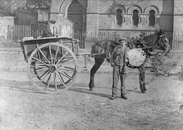 George Cheetham (baker) and his delivery cart, Radcliffe on Trent, c 1900