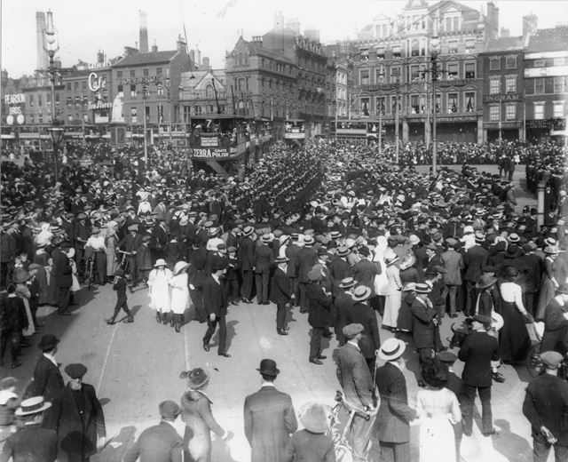 Sherwood Foresters marching through crowds across Market Place, from Market Street to Wheeler Gate 1