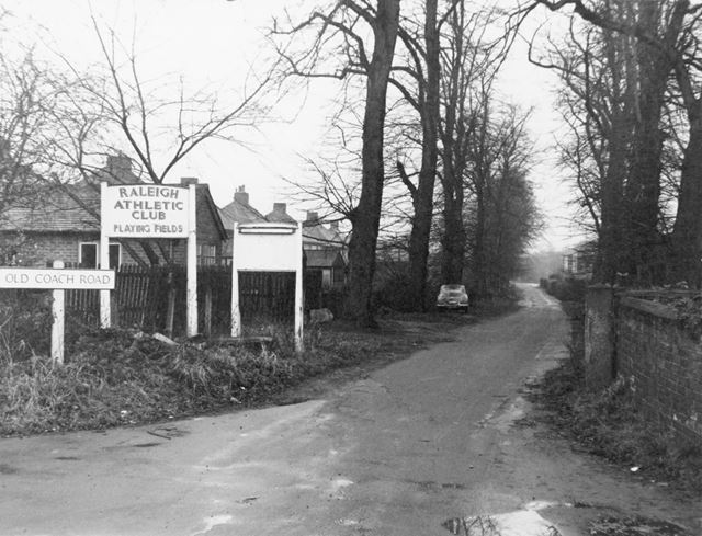 The Old Coach Road leading to Raleigh Athletic Club Sports Ground - This location was used in 'Satur