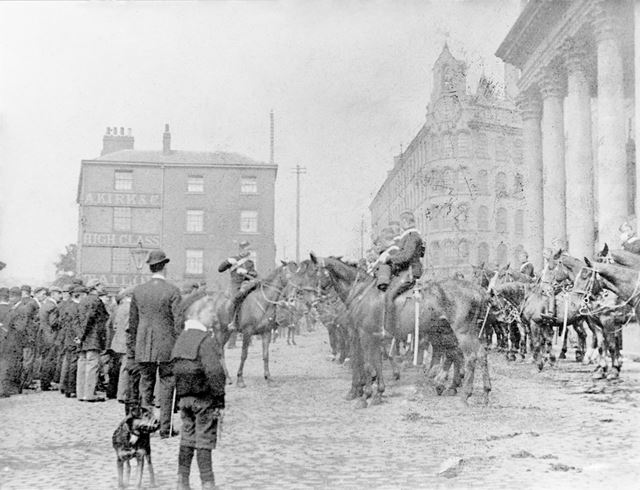 South Notts Hussars, Theatre Square