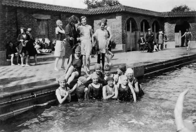 The 44th Nottingham (Leenside) Company, Highfields Lido, Dunkirk, Nottingham, c 1932