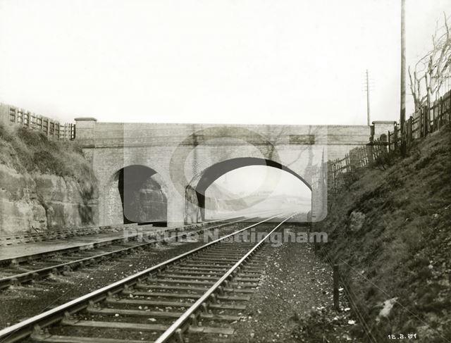 Bridge - before widening, Edwards Lane, Sherwood, Nottingham, 1937