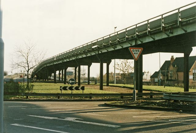 Flyover construction, Abbey Street - Beeston Road (A6005) roundabout, Dunkirk, Nottingham, 1989