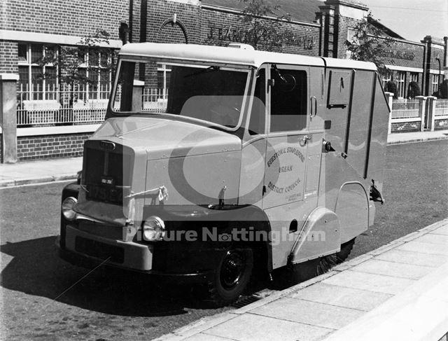 Beeston Urban District Council (UDC) Streetsweeper van, Foster Avenue, Beeston, c 1960