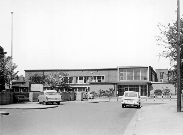 Roundhill Junior School, Foster Avenue, Beeston, c 1963-65