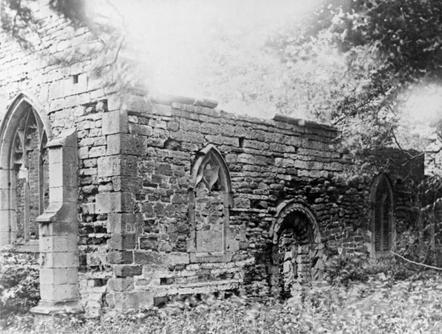 Haughton Chapel ruins, south bank of River Maun, near Haughton, c 1910