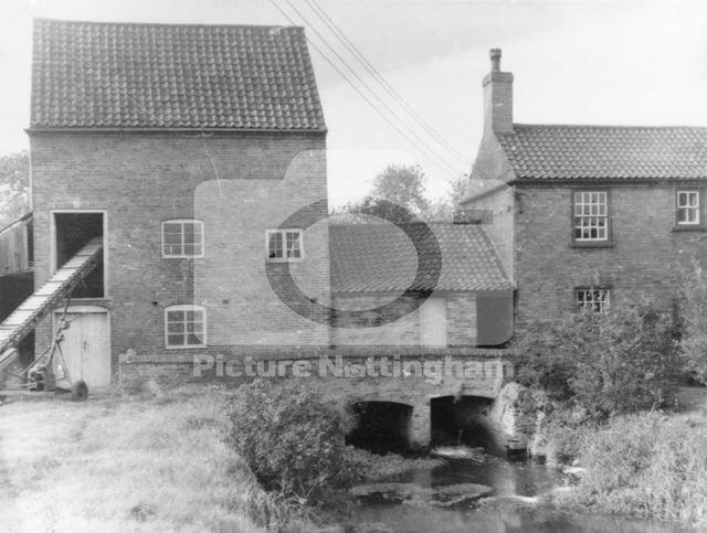 Hoveringham Mill, c 1960s-70s