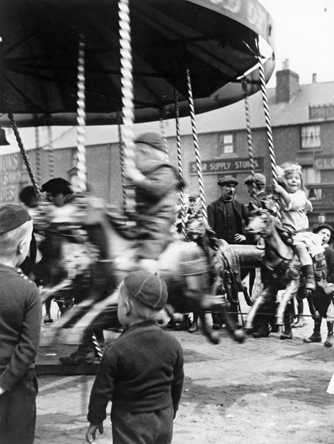 Roundabout on Market Place, Bulwell, c 1905