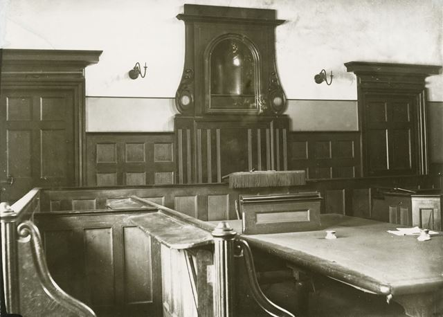 Criminal Court Room, Old Town Hall, Weekday Cross, Lace Market, Nottingham, c 1880s ?