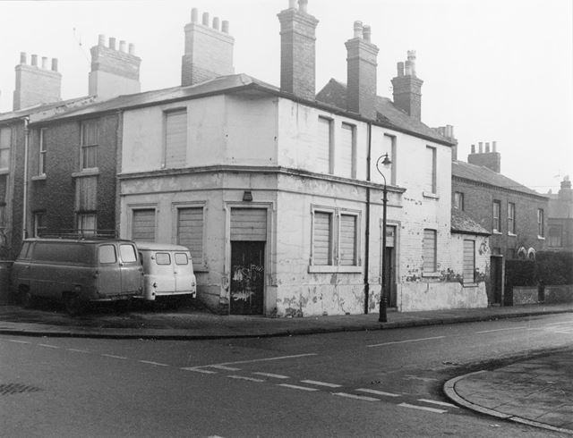 The former Lord Belper Inn (Robin Hood Arms), Robin Hood Street, St Anns, Nottingham, 1966