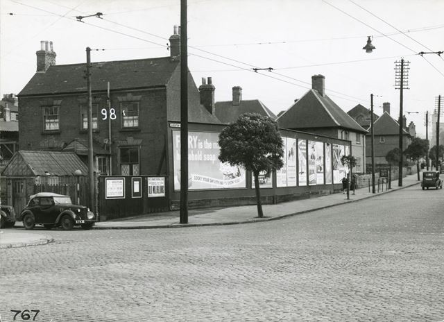 lkeston Road at Junction with St. Peter's Street (left), Radford, Nottingham, 1949