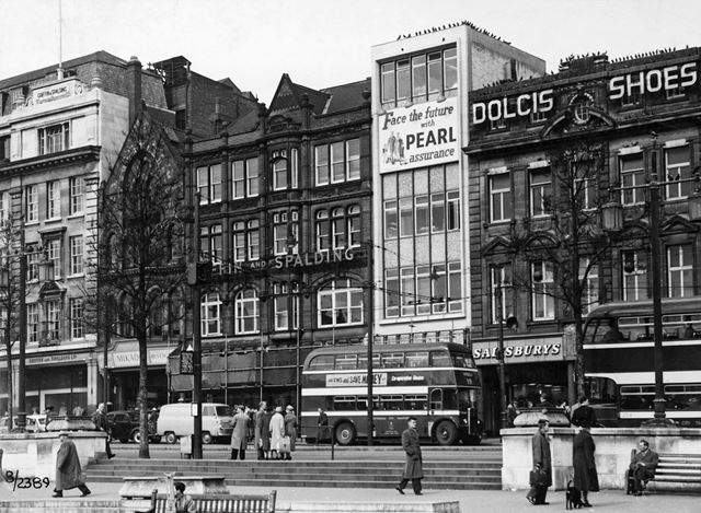 Long Row Central, Old Market Square, Nottingham, 1960