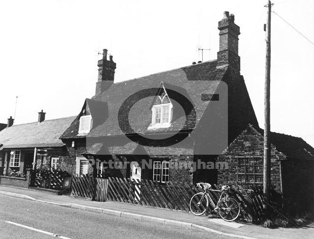 Village Housing and Post Office, Kingston on Soar, 1977