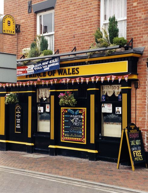 Prince of Wales Pub, High Road, Beeston, Nottingham, 1998